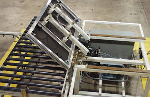 Vacuum flipper handling staging platforms