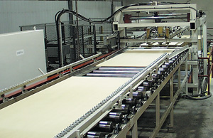 Laminator infeed system optimizes panel flow